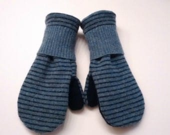 Kids mittens, striped blue, blue, striped, kids mittens, fleece lined mittens, felted wool mittens, etsy sweater mittens, mittens