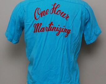 1950s men's blue cropped bowling shirt/ 50s chainstitched men's cropped bowling shirt/