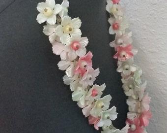 1950's Lucite Bobble Pastel Floral Lei Necklace