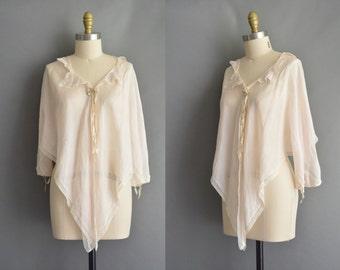 vintage 1920s blouse / antique fluttery nude pink silk 20s blouse