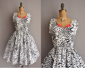 50s inspired black and white cotton print vintage dress / vintage 1950s dress