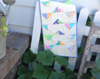 Pretty Purple Prairie Points Quilted Table Runner