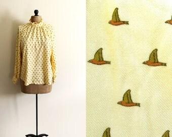 vintage blouse 80s bird print yellow womens clothing 1980s ruffle collar size medium m