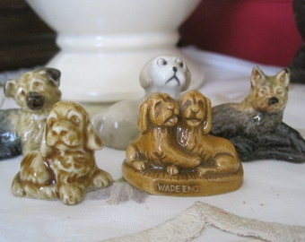 Lot of 5 Wade Dogs Puppy Puppies Red Rose Tea Figures Wade Pottery