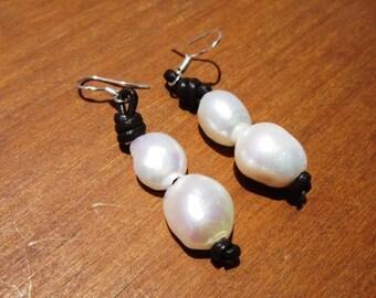 dangle earrings, fresh water pearl earrings, drop earrings, leather earrings, sterling silver earrings, dangle earrings