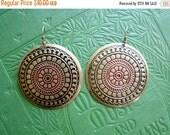ON SALE Vintage 80s / Bronze / Circle / Boho / Gypsy / Pierced Earrings