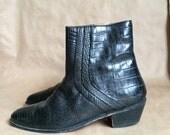 vintage  1980's black alligator pattern ankle boot / Stacy Adams / men size 8 m