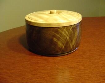Keepsake Box, Jewelry Box, Desk Box, Walnut Box, Trinket Box, Memorial Box