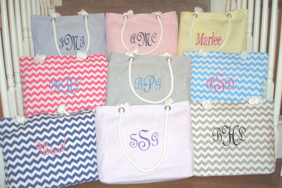 5 Personalized Bridesmaid Gift Totes in Seersucker or Chevron, Embroidered Beach Bag, monogrammed Bridesmaids Gifts