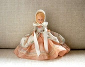 Nancy Ann Storybook Doll, Colonial Dame #56, Vintage 1950s, Sleep Eyes, Floral and Peach Dress, White Felt Bonnet