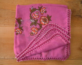 violet scarf with beaded trim, vintage, square, cotton, turkish crochet, oya scarf