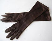 Vintage 50s Brown Nylon Stretch Woodgrain Elbow Length Long Gloves size 8