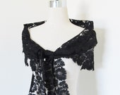 Vintage 1940's Black Rose Lace Shoulder Wrap Shawl
