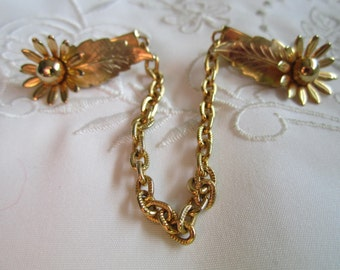 Vintage Gold Tone Sweater Guard with Leaves and Flowers