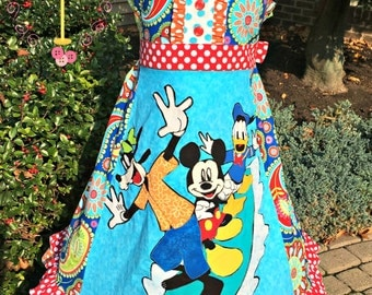 Girls Size 14 Surfs Up Appliqued Dress with Mickey, Goofy and Donald