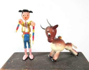 VINTAGE Nodder Bobble Head Matador and BULL Goula Carved Wood Painted Pair Bull and Matador 1970s Made in Spain Figures Collectible (F232)