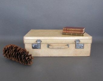 Vintage Cream Vellum Suitcase - Circa 1920's -  Cream PigSkin Suitcase from England