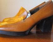 Groovy Vintage 1970's Platform Life Stride NOS Leather Platform Loafers Butterscotch