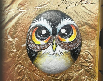 Owl  -  No.29          Small Hand-painted stone