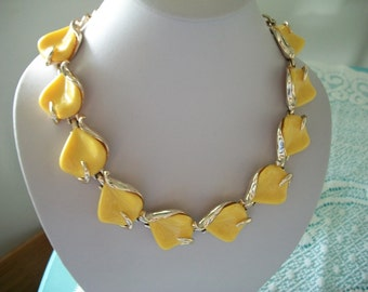 Yellow Leaf Choker Necklace