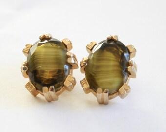 Vintage Scottish earrings. Clip on earrings. Green glass earrings