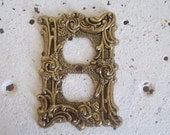 Vintage metal outlet cover plate gold tone roses 1967 with original screw