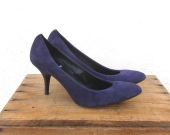 Pierre Hardy Purple Suede Round Toe Made In Italy High Fashion Designer Pumps Size 38 (US 8)