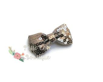 Sparkle Silver Hair Bow, Baby Hair Bow, Baby Girl Bow, Toddler Hair Bow, Christmas Hair Bow, Girls Hair Bow, Silver Hair Bow Clip