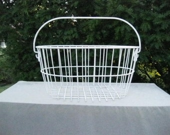 White Metal Wire Basket w/ Handle-Made in Italy-Market Basket-Cottage Rustic-Shabby Chic-Country Wire Basket--#DRG