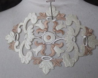 Cute embroidered  flower  applique  1 pieces listing
