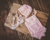 Pink and lace onesie romper set, NB size