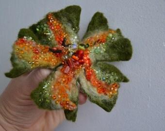 Wool Felt Flower Pin Brooch Moss Green Orange,Floral Corsage Pin,Felt Brooch,Felted Gift Idea,Handmade Art Pin,Embroidered Flower, felt art