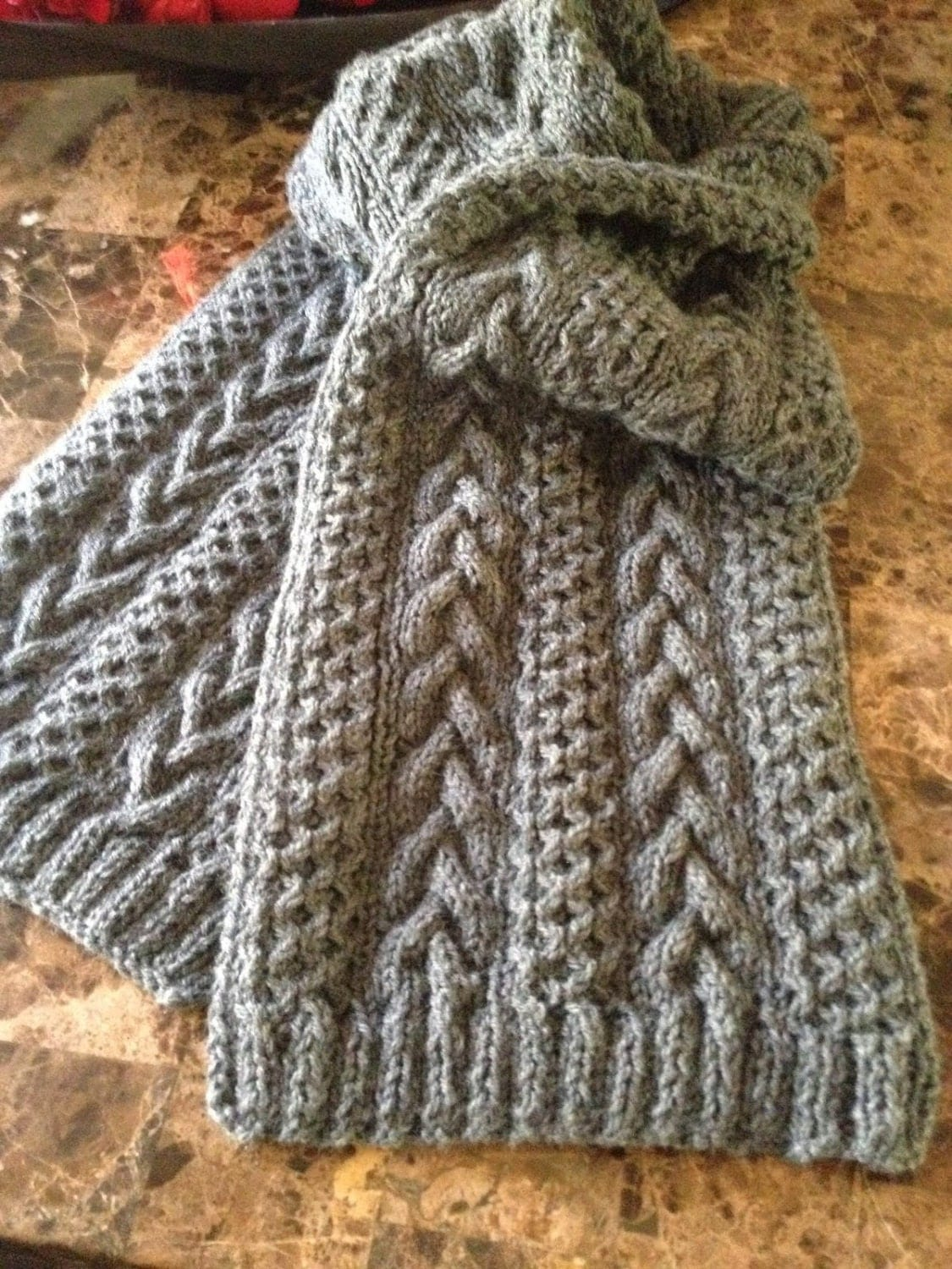 Beautiful hand knitted scarf in Oxford grey wool yarn, cable knit ...