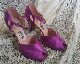 Vintage Purple Satin Peep Toe Shoes 1940s B. Altman Co.