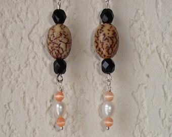 Boucles d'oreilles perles graines de Veitchia Merrillii naturelles sur crochet argent 925