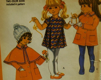 """Girls Caped Coat Pattern, 1970s, Capelet, Raglan Sleeves, Collar, Dress, McCalls No. 2581 Size 4 (Chest 23"""" 58cm)"""