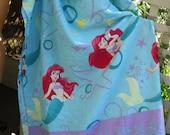 Twin Sheet/Fabric/ Retro Sheet/ Supplies/ Shabbyfab Found Fun Item