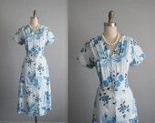 STOREWIDE SALE 50's Floral Dress // Vintage 1950's Floral Print Full Cotton Garden Party Shirtwaist Dress L