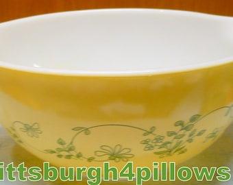 Pyrex - Shenedoah Mixing Bowl - 442 - 1.5 Liter - EUC - Read Below -  No Damage - Cinderella  Tabs