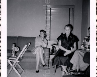 Vintage Photo, Women in Living Room, Black & White Photo, Family Photo, Snapshot, Found Photo, Vernacular Photo Old Photo