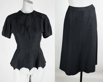 Vintage 40s Dress / 1940s Black Moire Rayon Peplum Blouse and Skirt Set XS S