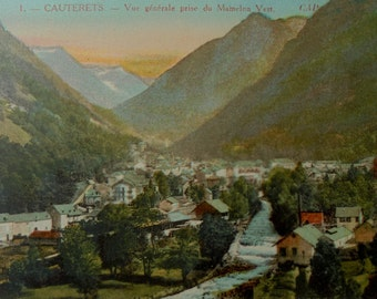 Unused French Vintage Postcard - Cauterets, France