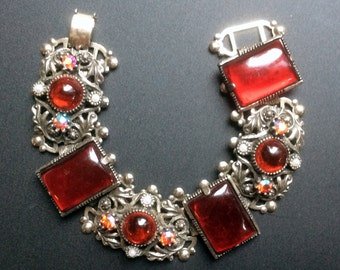 Red Cabochon and Pearl Bracelet