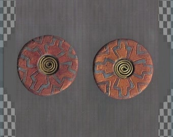 Ancient Inca style post earring - gold and grey tribal pattern - diameter 2.3cm