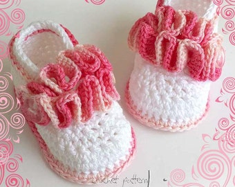 Crochet baby pattern - Baby booties wavy ballerina - Permission to sell finished items. Full of large pictures! Pattern No. 120