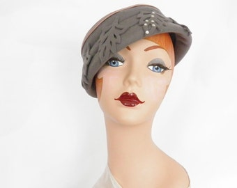 1950s vintage hat, gray toque with leaves