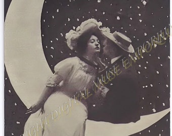 Instant Download Vintage Photograph - A Kiss on the Paper Moon Sweethearts