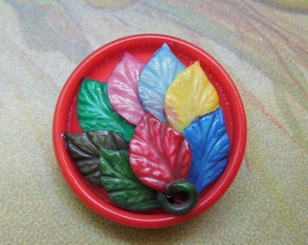 Weeber Colorful Leaf Celluloid Button    MDN5