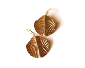 Swaying Frond Earrings