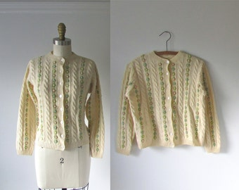 vintage sweater / cable knit cardigan